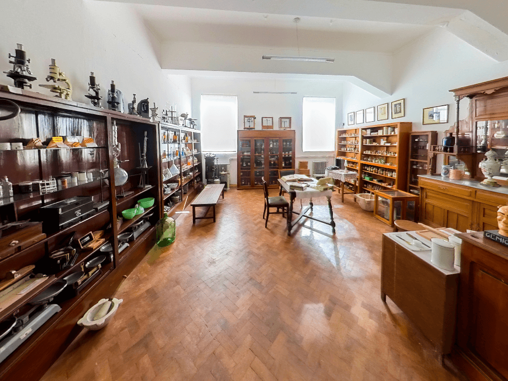 museodefarmaciaunsl